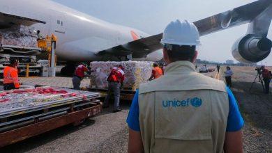 صورة اليونسيف تعلن عن نقل لقاحات فيروس كورونا  بتعاون مع شركات طيران
